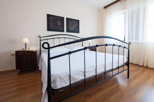 Double Room Komiza 8844a