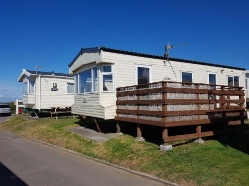 6 Berth with Sea Views