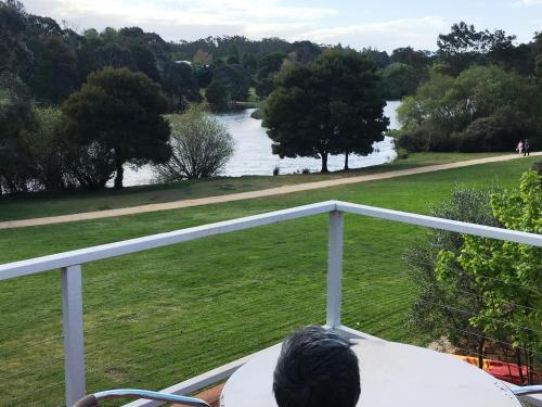 Lakeside Spa Villa Daylesford