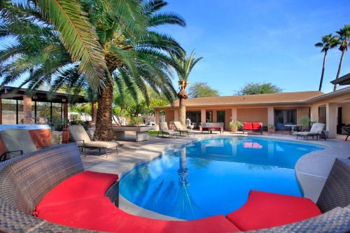 8 Bedroom Home in the Heart of Scottsdale