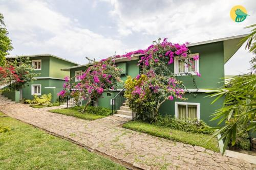 1 BR Cottage in Chinnakanal, Munnar, by GuestHouser (1568)