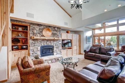 Convenient Vail 4 Bedroom yes - Lion Sq EAST 310
