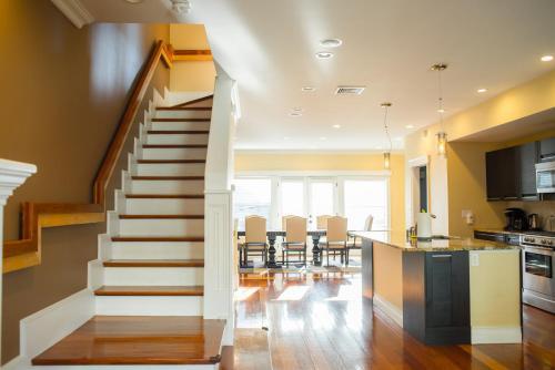 Beautiful 4beds3.5bath House Boston