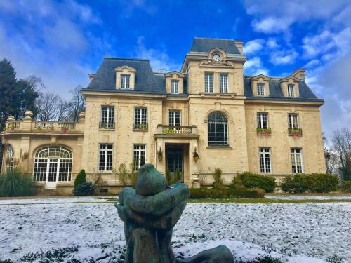 Chateau Des Forgets