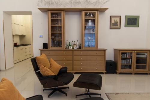 Zona de estar de Private modern apartment by Prague Castle