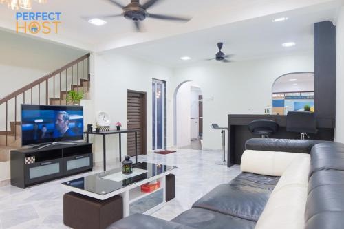 Apartment 2 Storey Terrace House Sunway Pyr Petaling Jaya