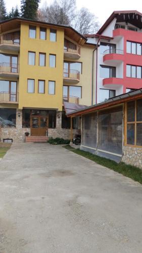 Къща за гости Guest House Duevi - Чепеларе
