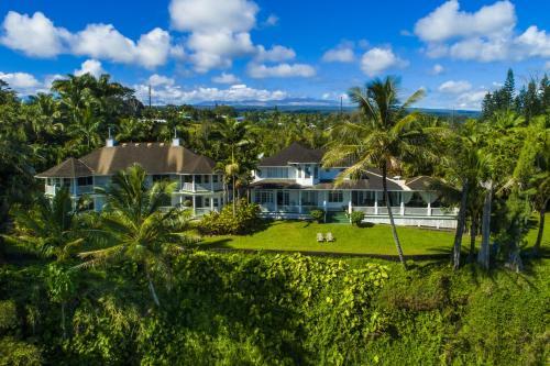 The Palms Cliff House Inn