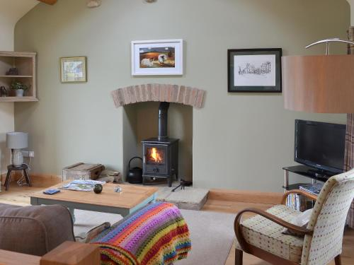 A television and/or entertainment center at Brow View Cottage