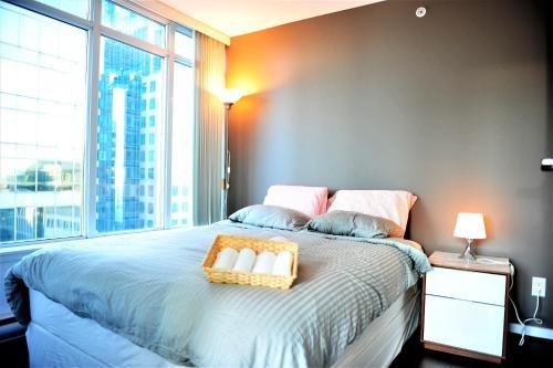 Comfortable 1 BDR Condo in Downtown Vancouver
