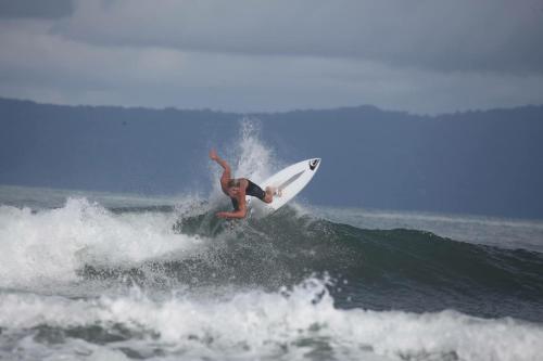 Hacer windsurf en la casa o chalet o alrededores