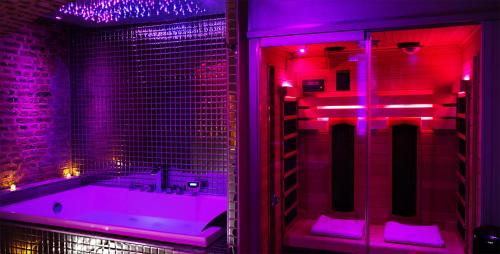 Spa and/or other wellness facilities at Private Room & Spa