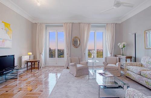 A seating area at Genteel Home Palacio