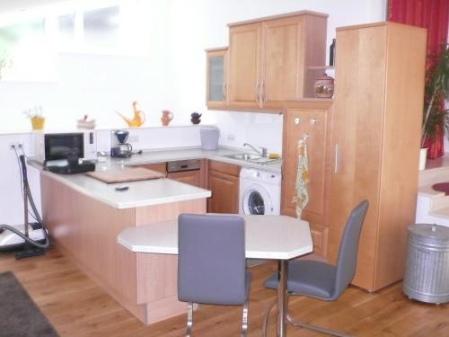 Küche/Küchenzeile in der Unterkunft Apartment Waldeiche-Rheinblick