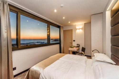 The View Luxury Rooms