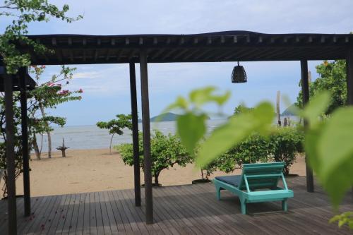 Bajo Komodo Eco Lodge