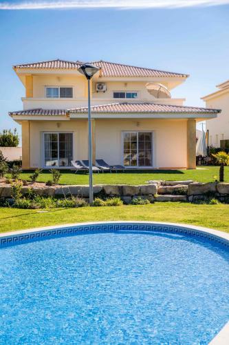 D03 - Luxury Gold Villa (Portugal Lagos) - Booking.com