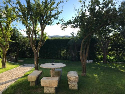 Holiday home R. do Giestalにある庭