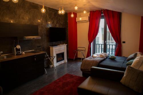 Elegant Ferienwohnung Black Vulcano Suitesu0026Studios (Italien Neapel)   Booking.com