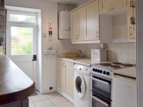 A kitchen or kitchenette at Herston Rise