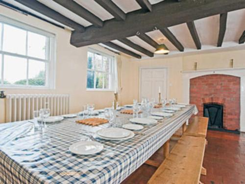 A restaurant or other place to eat at Cronkhill Farmhouse