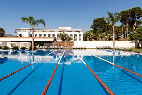 Het zwembad bij of vlak bij El Dorado Resort Bungalows & Villas