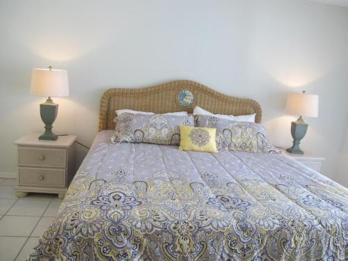 Uma cama ou camas num quarto em Indian Wells 3133BP