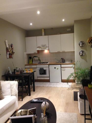 A kitchen or kitchenette at Apartment Easyway to sleep