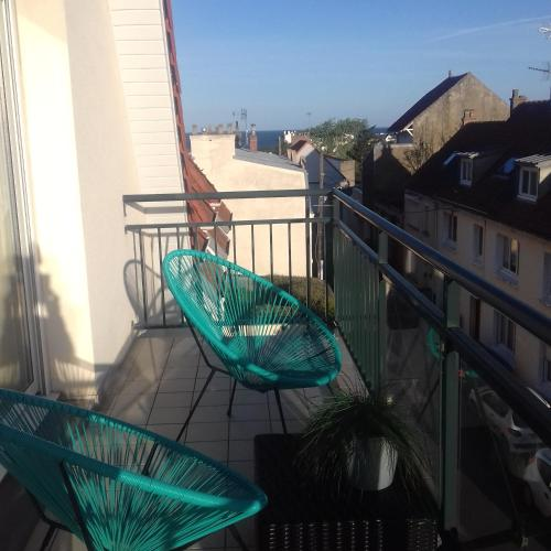 Balkon atau teras di Villa Louise