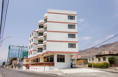 Amaru ApartHotel