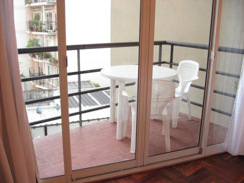 A balcony or terrace at Palermo Rent Apartments