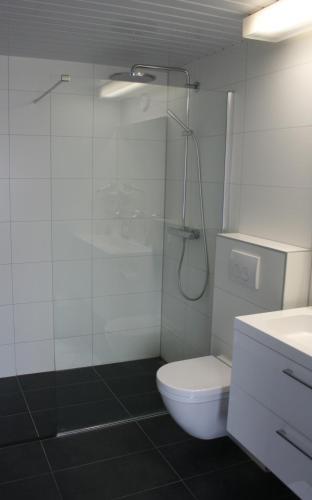 Hotel Waalwijk (Nederland Waalwijk) - Booking.com