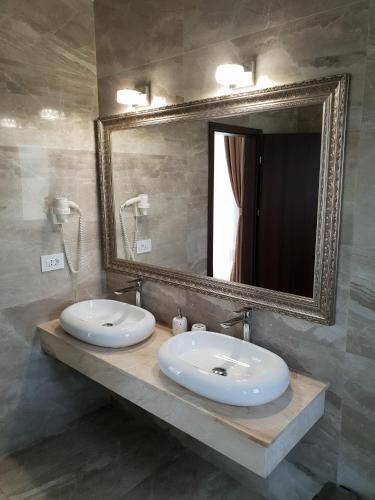 J\'adore Boutique Hotel (Rumänien Lugoj) - Booking.com