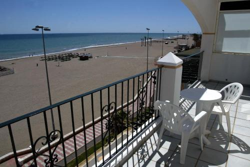 A balcony or terrace at Bahía Serena
