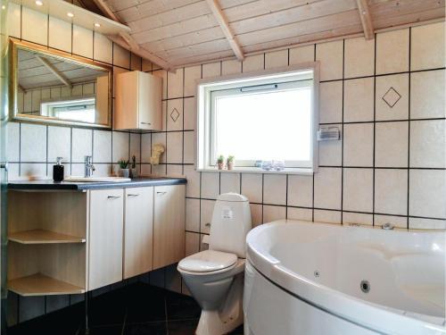 A bathroom at Holiday home P. Chr. Dahls Vej Hvide Sande X