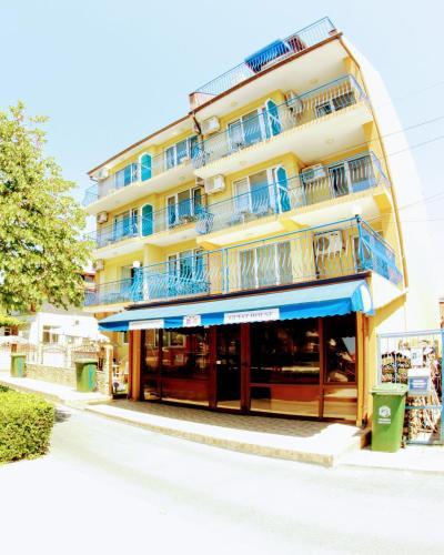 Хотел R&G - Несебър