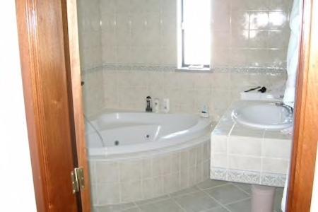 A bathroom at Monte do Cerros