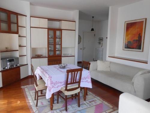 Ferienhaus Famiglia Brambilla in vacanza (Italien Trezzo sull'Adda ...