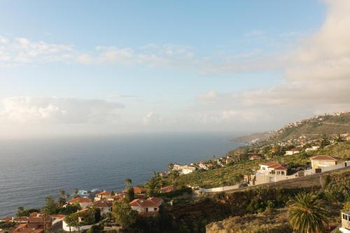 Een luchtfoto van Infinity terrace: entre el cielo y el mar