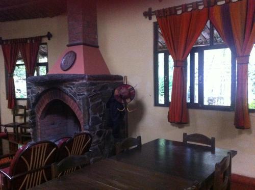 Villa Los Loros Choquequirao Lodge & Tours
