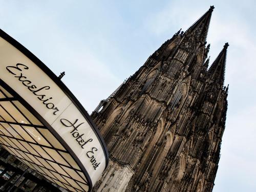 Cabina Armadio Piccola Wuppertal : Excelsior hotel ernst am dom colonia u2013 prezzi aggiornati per il 2018