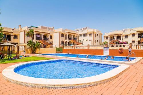 Apartamento Torrevieja Sunrise Arcos del Mediterraneo, Torrevieja – Updated 2018 Prices