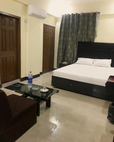 Hotel Second Home, Karachi, Pakistan - Booking com