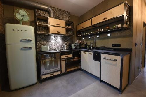 Кухня или кухненски бокс в Nomad.B16