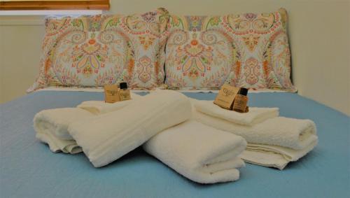 Кровать или кровати в номере San Rocco Studio