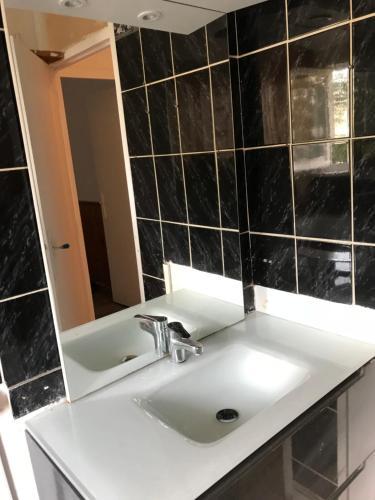 A bathroom at Appartement du Zenith