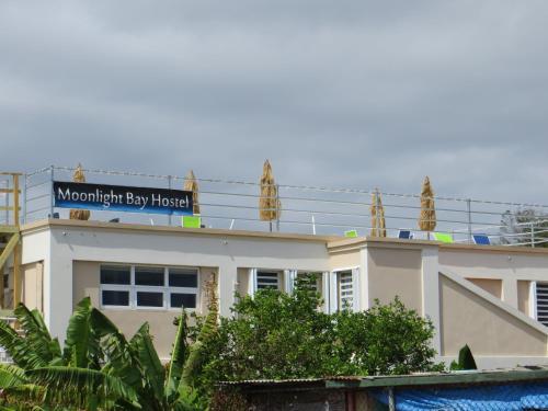 Moonlight Bay Hostel