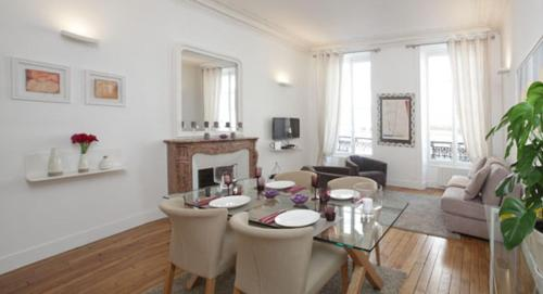 Two bedroom Le Marais / Pompidou