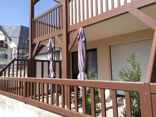A balcony or terrace at Appartements Blonville Centre (2 ou 3 chambres)