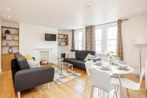 Great Mayfair Apartment,Sleeps 6